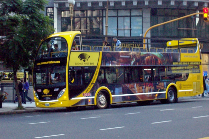 3937404_Buenos_Aires_Bus_turistico (700x466, 304Kb)