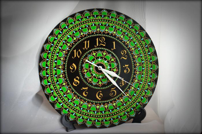 часы - Зеленая Мандала3 (700x466, 488Kb)