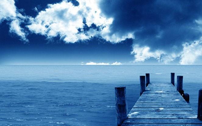Небесно-голубой цвет дарит нам ощущение легкости!