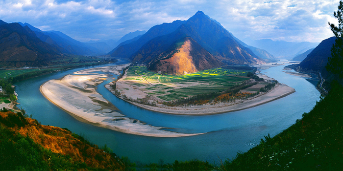 first-bend-of-yangtze-river (700x350, 353Kb)