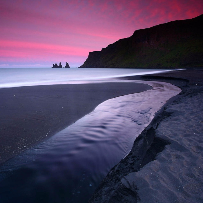 3. У исландской деревни Вик-И- Мюрдаль (700x700, 376Kb)