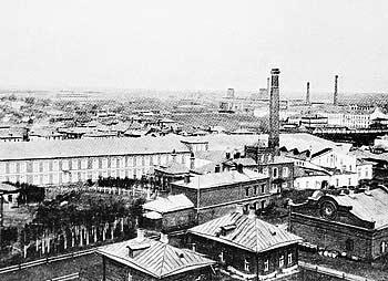 Общий вид ткацкой фабрики Товарищества мануфактур, основанных И.И.Скворцовым. 1910-е гг. (350x254, 71Kb)