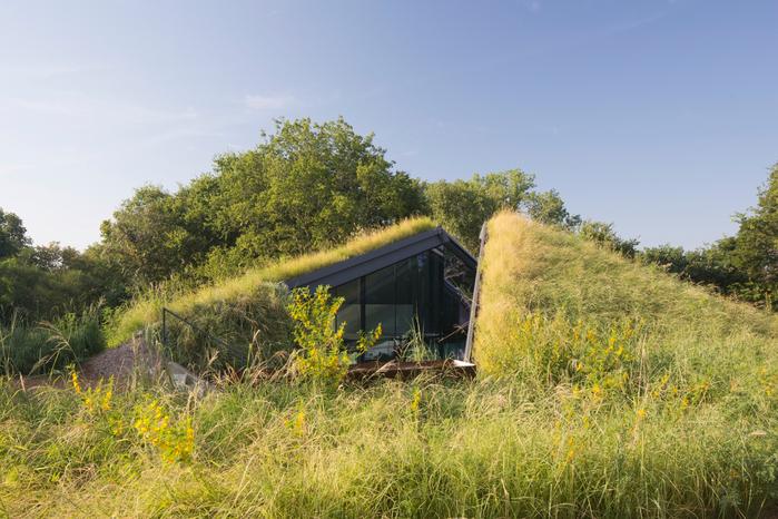 дом в холме 7 (700x466, 423Kb)