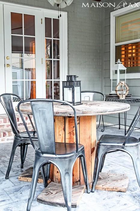 10 оригинальных самодельных столиков для заднего дворика