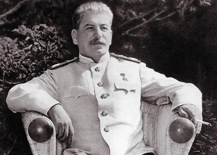 Stalin1 (700x501, 99Kb)