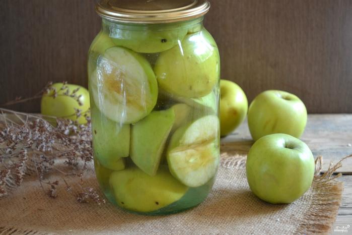 Яблоки на зиму/5281519_zakatka_yablok_na_zimu283914 (700x466, 224Kb)