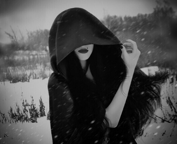beauty-black-and-white-cape-dark-Favim.com-2315380 (604x490, 45Kb)