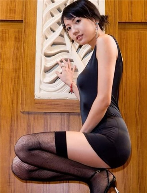 Сексуальные улыбки азиатских девушек (фото)