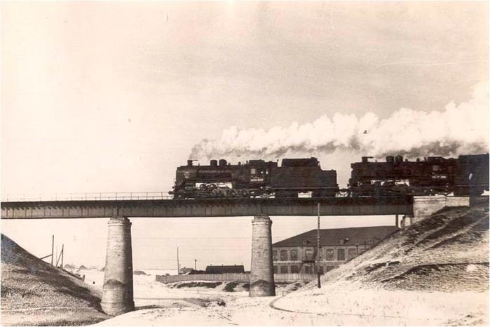 Чугунный мост (700x466, 224Kb)