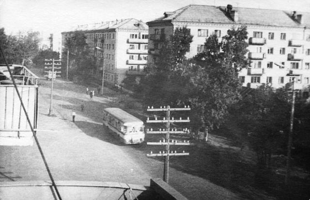 5866543_Vid_s_balkona_yl_Lenina10__iz_arhiva_Uriya_Harchenko (640x412, 54Kb)
