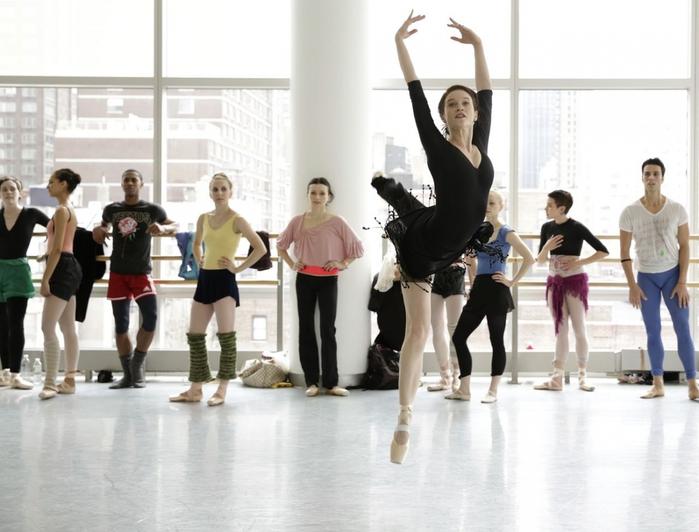 Секреты балерин Большого театра: 10 способов привести себя в форму