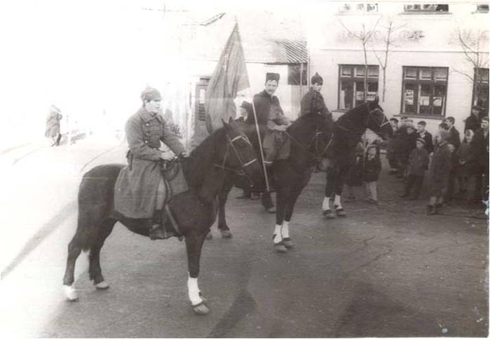 Город Фурманов. Празднование годовщины октябрьской революции. Фото Н. Павлова, 1967 год. (700x484, 171Kb)