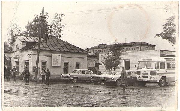 Фурманов , старая автостанция (600x371, 161Kb)