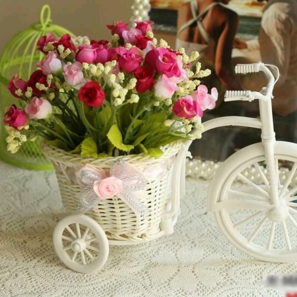 Декор цветы в корзинке