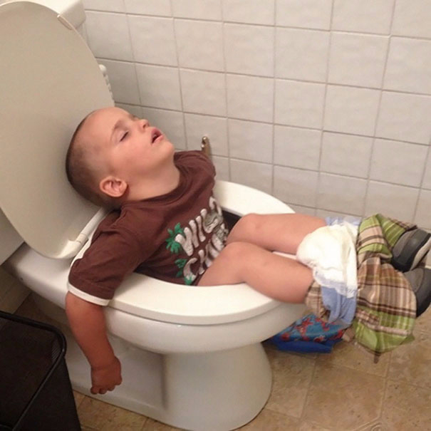 funny-kids-sleeping-anywhere-96-57a9dc524234c__605 (605x605, 192Kb)