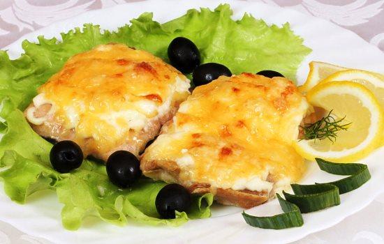 Рецепт горбуши в духовке с сыром