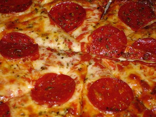 пицца-папперони (600x450, 358Kb)