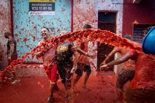 томатина в испании фото 4 (639x426, 354Kb)