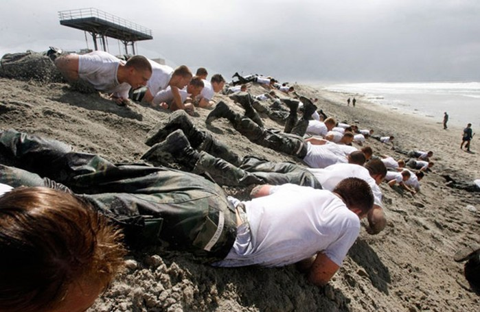 «Морские котики» Военно морских сил США: как они тренируются и ведут боевые действия
