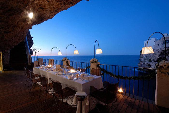 3364688_italiancaverestaurantgrottapalazzesepolignanomare10 (700x469, 75Kb)