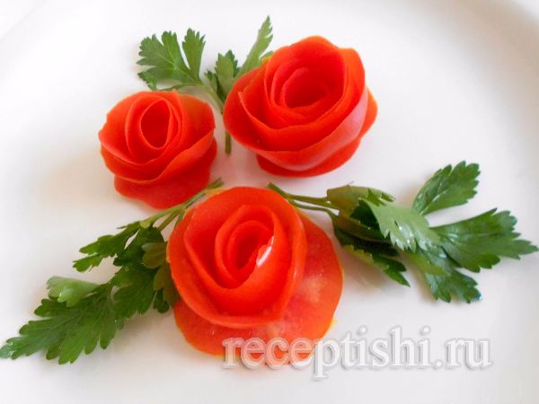 rozy-iz-pomidorov-dlya-ukrasheniya-salata02 (600x450, 248Kb)