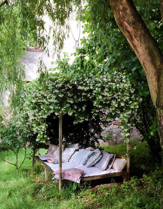 Уютные места в саду1а (545x700, 595Kb)