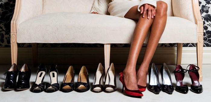 Как самостоятельно растянуть обувь на размер больше