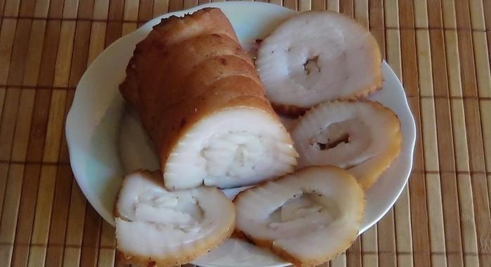 Домашние блюда: Вкусное копченое сало