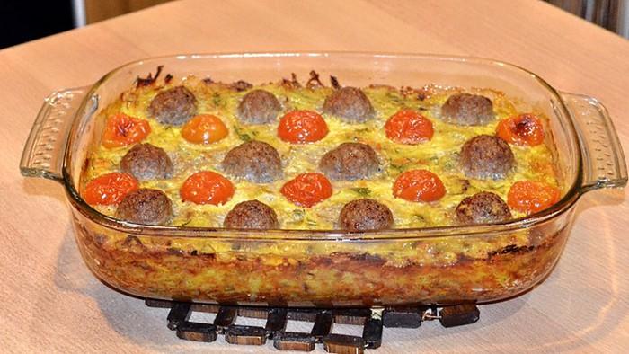 Домашняя кулинария: Картофельная запеканка с фрикадельками