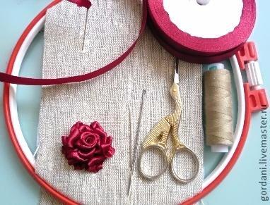 Роза. Вышивка лентами (14) (382x291, 134Kb)