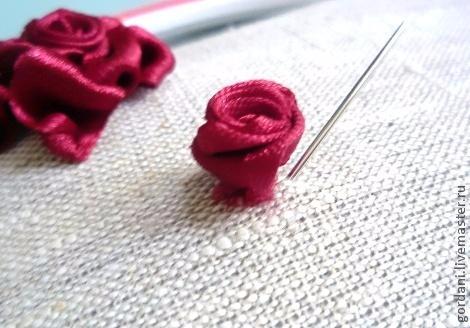 Роза. Вышивка лентами (16) (470x328, 135Kb)