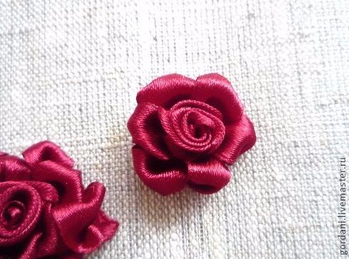 Роза. Вышивка лентами (22) (490x364, 183Kb)
