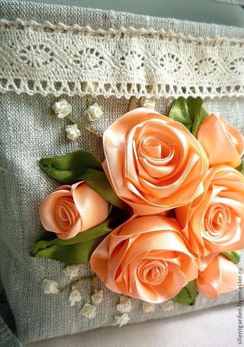 Роза. Вышивка лентами (34) (493x700, 447Kb)