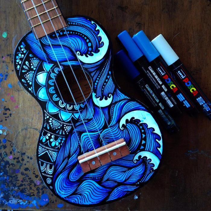 росписные музыкальные инструменты Lauren Swan 1 (700x700, 690Kb)