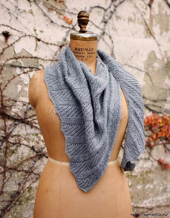 спицами схемами вяжем шарф со