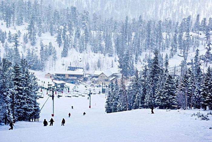 Las_Vegas_Ski__Snowboard_Resort_480337_i01 (700x468, 412Kb)
