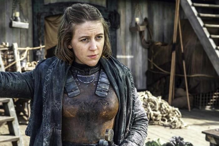 Актрису Джемму Уилан госпитализировали на съемках «Игры престолов» из-за травмы спины