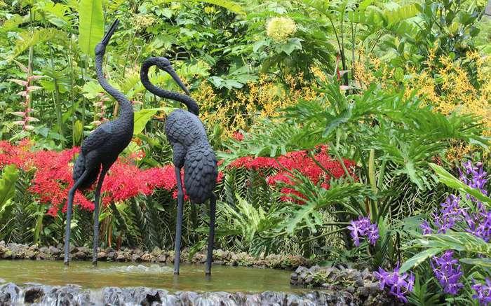 bird-statue-2 (700x437, 81Kb)