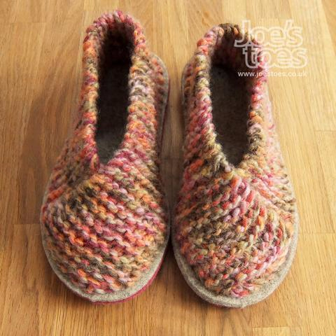 logoed_finished_squiggle_grouse_slippers_large (480x480, 229Kb)