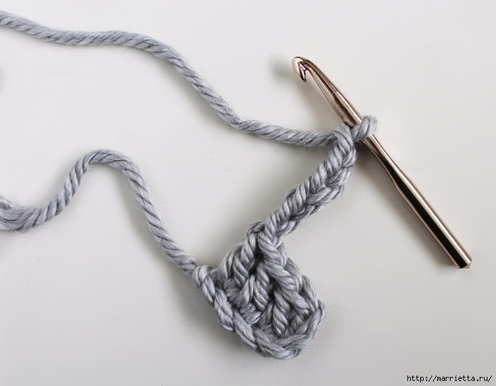 Интересный шахматный узор крючком для вязания подушки (2) (700x545, 177Kb)