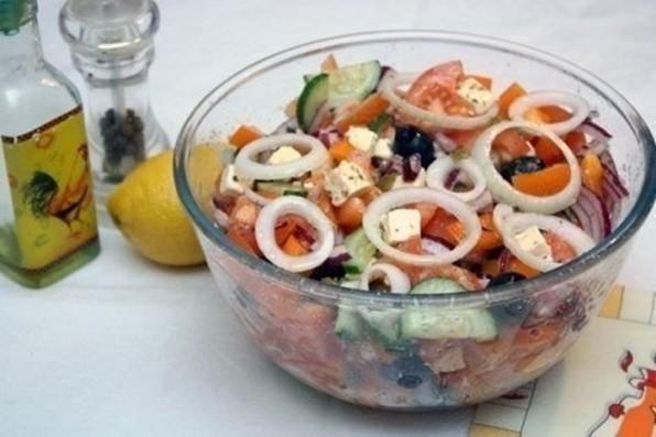 Греческий салат: как его правильно приготовить