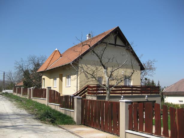 Hungary_Mishkoltz_49 (614x460, 190Kb)