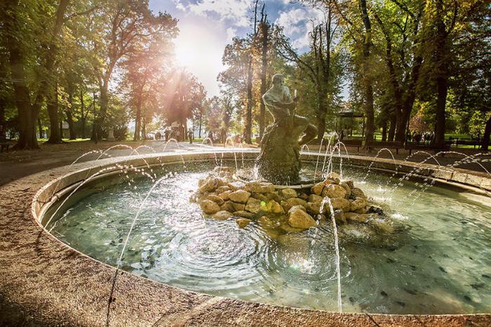 2. Калемегдан, парк рядом с Белградской крепостью (700x466, 541Kb)