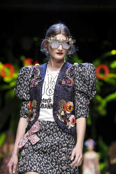 Dolce-Gabbana-RTW-SS17-Milan-2059-1474815116-bigthumb[1] (466x700, 201Kb)