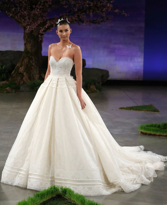 weddings-2015-06-17-ines-di-santo-new-wedding-dresses-main (570x700, 343Kb)