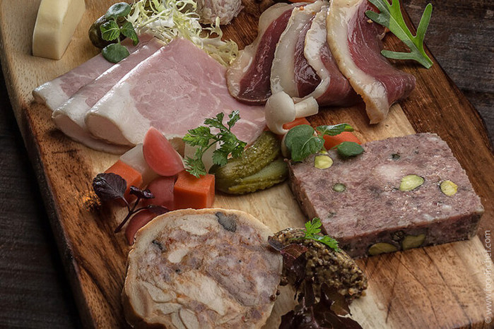 Country-Duck-Terrine-with-Pistachio-1 (700x466, 128Kb)