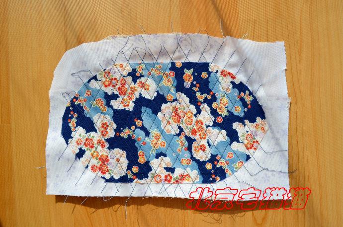 Круглая сумочка с кожаными ручками. Шьем сами (18) (690x457, 316Kb)