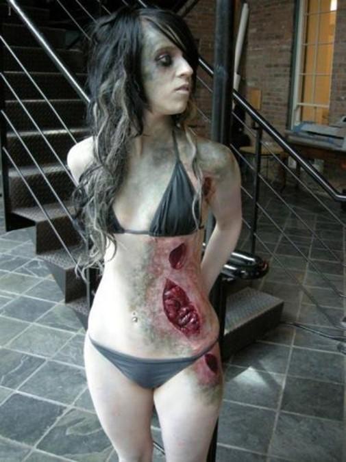 Самые страшные костюмы зомби, какие только можно представить!