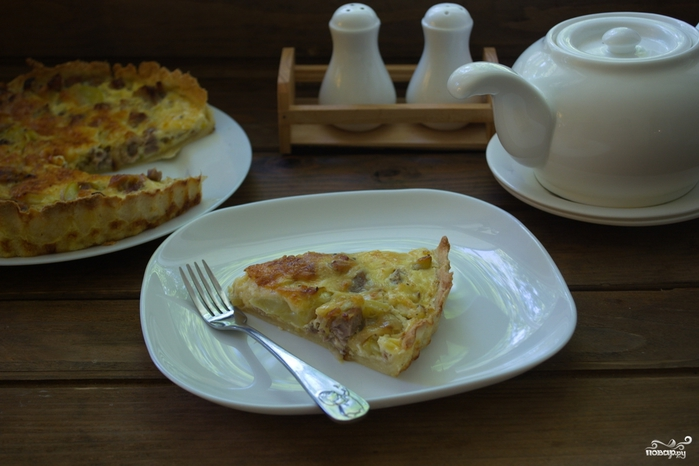 Рецепты из цукини/5281519_pirog_s_kuricei_i_cukini210608 (700x466, 199Kb)