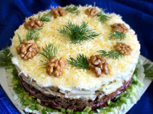 salat-myasnoy-s-chernoslivom (500x375, 30Kb)